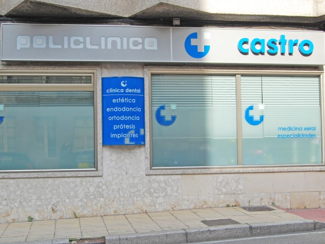 CASTRO POLICLINICO MOAÑA