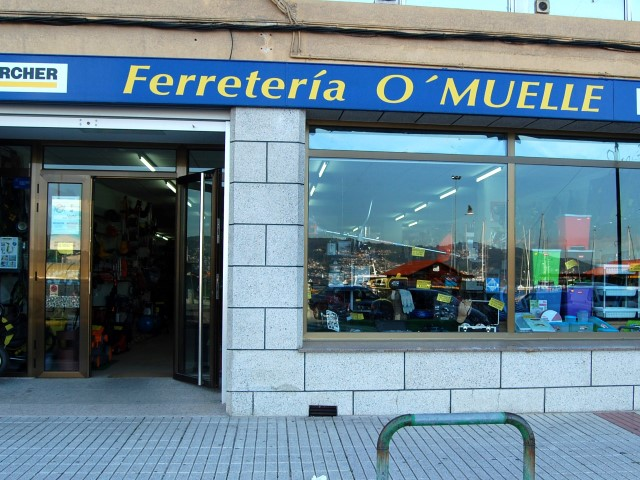 FERRETERIA O MUELLE