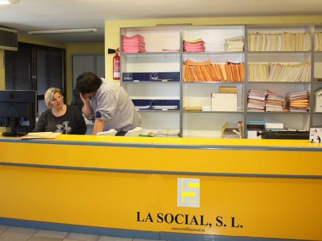 LA SOCIAL, S.L.