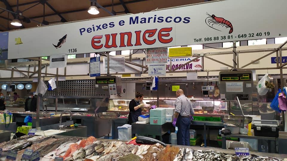 Logotipo Peixes e Mariscos Eunice