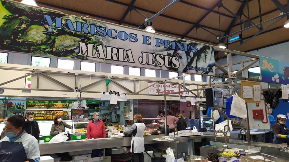 Logotipo Mariscos e Peixes Maria Jesus